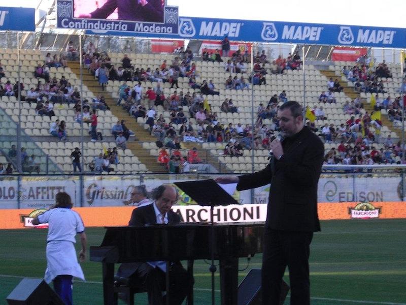 """Cristiano Cremonini Tenore Cantante Lirico Opera Singer Tenor Bologna """" CANTO DEL SOLE INESAURIBILE - F. Zanotti — presso Stadio Braglia."""