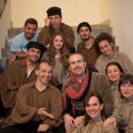 Cristiano Cremonini con i figuranti dell'Otello