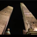 """Il tenore Cremonini canta """"Caruso"""" sulle Due Torri a Bologna per Ascom e Confcommercio"""